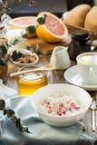Prima colazione con la cagliata ed il caffè della ricotta Fotografia Stock Libera da Diritti