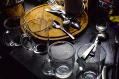 Prima colazione con una tazza di tè Fotografie Stock Libere da Diritti