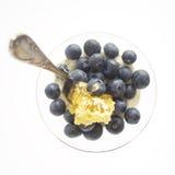 Prima colazione con yogurt e frutta Fotografia Stock