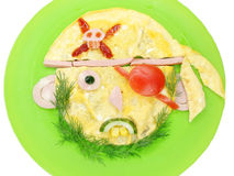 Prima colazione creativa dell'uovo per la forma del fronte del bambino Immagine Stock Libera da Diritti