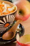 Prima colazione del riso del vegano con le carote Fotografie Stock Libere da Diritti