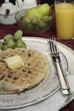 Prima colazione della cialda belga Fotografia Stock Libera da Diritti