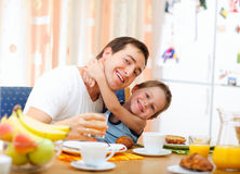 Prima colazione della famiglia Immagine Stock Libera da Diritti