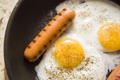 Prima colazione della proteina sulla pentola Fotografia Stock Libera da Diritti
