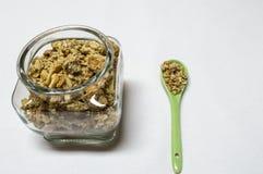 Prima colazione di Healty con l'intestino ed il cucchiaio con i cereali Immagine Stock Libera da Diritti