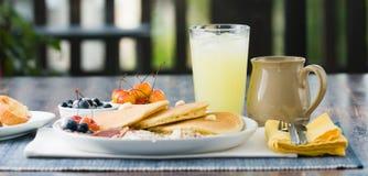 Prima colazione gastronomica immagini stock