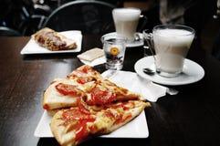 Prima colazione italiana immagini stock libere da diritti