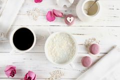 Prima colazione sana e romantica fotografia stock