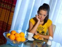 Prima colazione sonnolenta Fotografie Stock Libere da Diritti