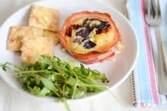 Prima colazione su un piatto Fotografia Stock