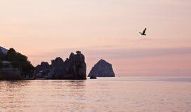 Prima dell'alba nella baia Gurzuf Fotografia Stock Libera da Diritti