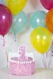 Prima torta di compleanno fotografia stock