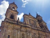 Primatial domkyrka av Bogota, en katolsk domkyrka som lokaliseras i den Bolivar fyrkanten royaltyfria bilder