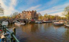 Primavera Amsterdam soleada fotografía de archivo libre de regalías