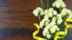 Primavera de arriba con las flores frescas hermosas Fotografía de archivo