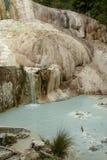 Primavera del agua termal de Bagni san Filippo imágenes de archivo libres de regalías