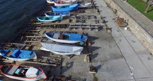 Primavera del ` s de los pescadores en el Pomorie antiguo en Bulgaria almacen de video
