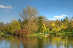 Primavera en un parque polaco Fotos de archivo libres de regalías