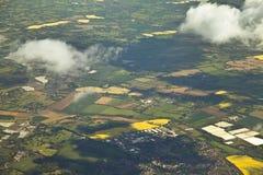 Primavera Inglaterra de la ventana del aeroplano Fotos de archivo libres de regalías