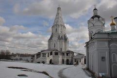 Primavera nel parco di Kolomenskoye immagine stock