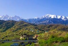 Primavera nelle montagne Immagine Stock