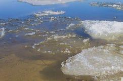primavera no rio Volga Imagem de Stock Royalty Free