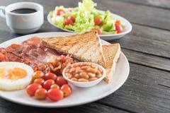 Prime colazioni su legno immagine stock