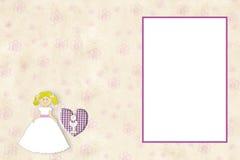 Primeira menina do louro do cartão do convite do comunhão Fotografia de Stock Royalty Free