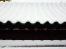 A primeira neve no palácio de verão Fotos de Stock Royalty Free