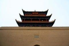 A primeira passagem do Grande Muralha a porta actínica em China - Jiayuguan fotografia de stock