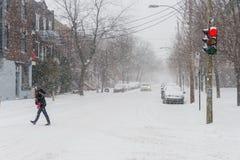 A primeira tempestade da neve da estação bate Montreal, Canadá Foto de Stock Royalty Free