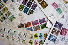 Primeiras tampas do dia de selos do estado de São Marino (Itália) Fotografia de Stock