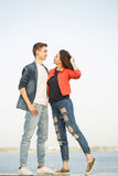 Primeiro amor Adolescentes em uma data imagem de stock royalty free
