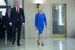 Primeiro ministro romeno Viorica Dancila fotos de stock