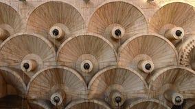 Primeiro nível de escadaria bonita da cascata de Yerevan em Armênia, arquitetura velha fotografia de stock