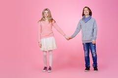 Primeiros adolescentes do amor Imagens de Stock