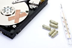 Primeiros socorros para o ruído elétrico do disco rígido do computador Imagens de Stock Royalty Free