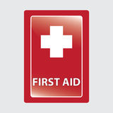 Primeiros socorros sobre o fundo médico vermelho. Imagem de Stock Royalty Free