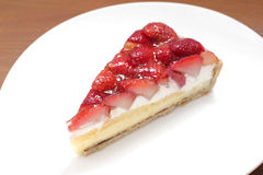 Primer agrio de la torta de la fresa Imagenes de archivo