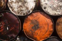 Primer apilado de los tambores de acero Fotografía de archivo libre de regalías