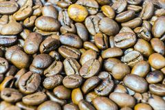 Primer asado de los granos de café Fondo de los granos de café Fotos de archivo
