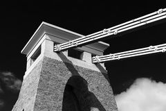 Primer blanco y negro del detalle de Clifton Suspension Bridge, Bristol, Avon, Inglaterra, Reino Unido Fotografía de archivo