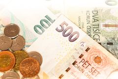 Primer checo del dinero encendido