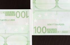 Primer de 100 billetes de banco euro Fotografía de archivo
