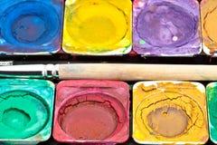 Primer de la caja de pinturas Foto de archivo libre de regalías