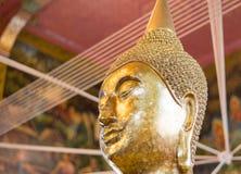 Primer de la cara y de las manos de la imagen del ` s de Buda Imágenes de archivo libres de regalías