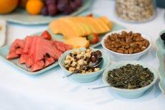 Primer de la comida fría del desayuno del hotel Foto de archivo libre de regalías