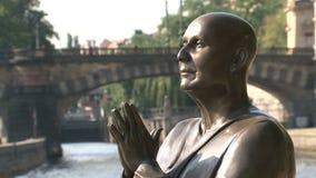 Primer de la estatua de la armonía, Praga metrajes