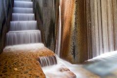 Primer de la fuente de agua de los parques públicos fotos de archivo libres de regalías