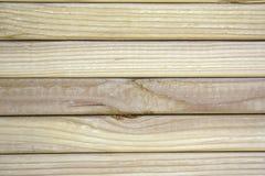 Primer de la madera de construcción apilada. Fotos de archivo